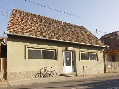 Ari Bar
