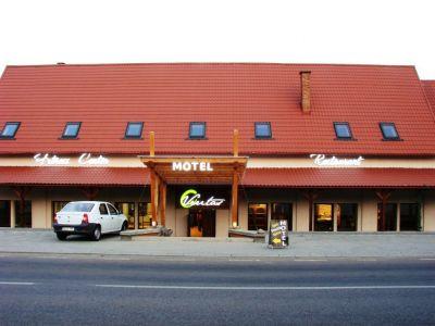 Motel Veritas