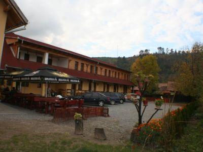 Medveház Étterem