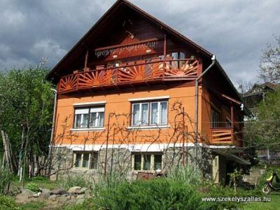 Huni Vendégház